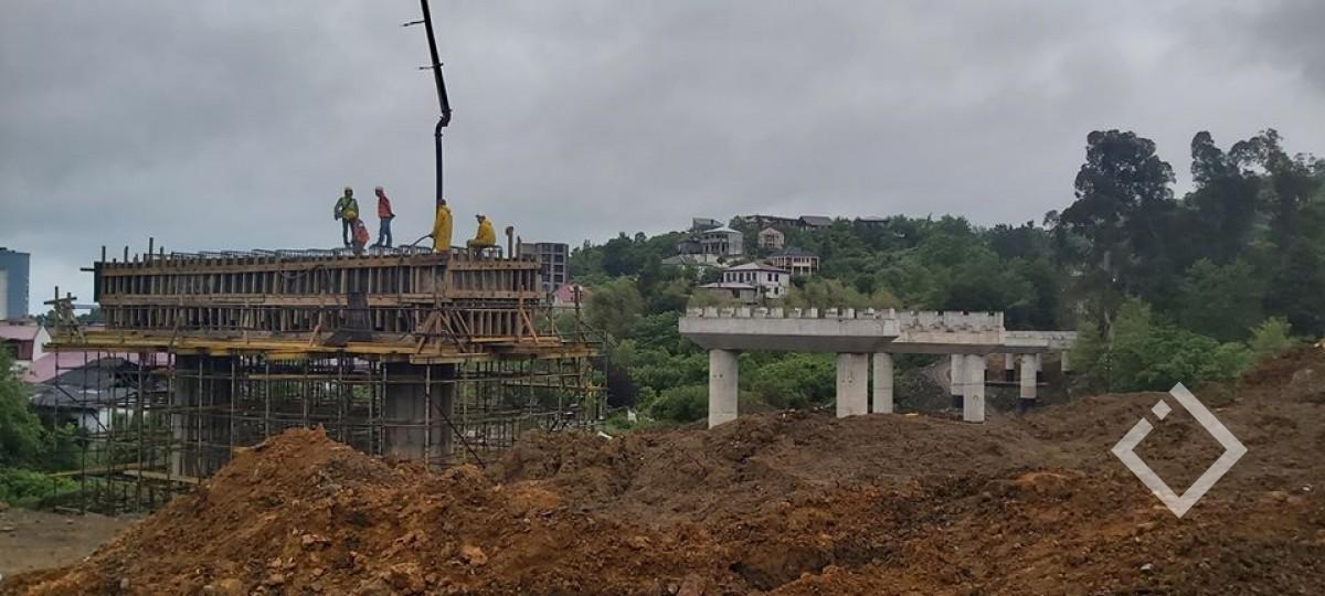 ბათუმის შემოვლით გზაზე ხიდებისა და გვირაბებს მშენებლობა გრძელდება