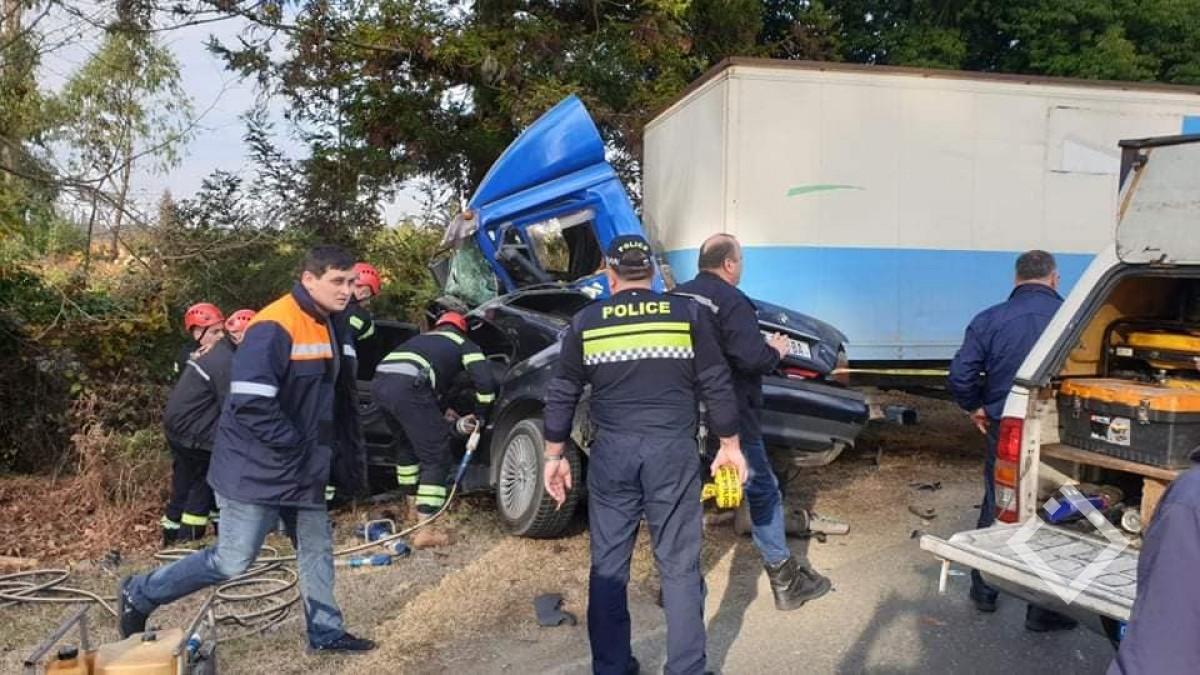 ქობულეთი-ოზურგეთის გზაზე ავარია მოხდა - არიან გარდაცვლილებიც