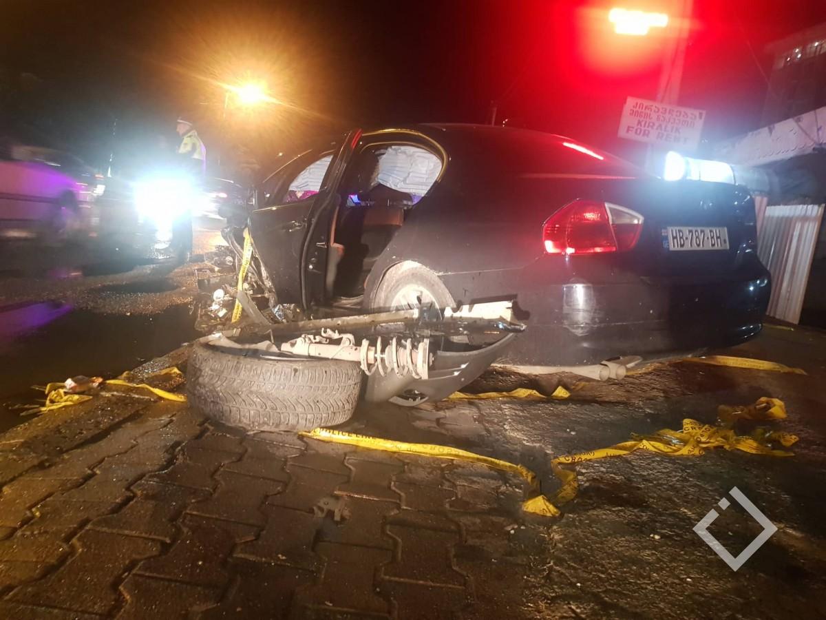 ავარია აეროპორტის გზატკეცილზე -  დაშავებულია ოთხი ადამიანი