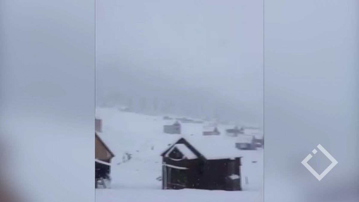 მთებში პირველი თოვლი მოვიდა